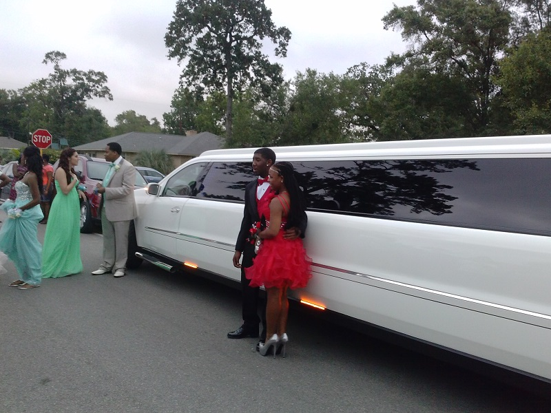 Prom is important so the limousine
