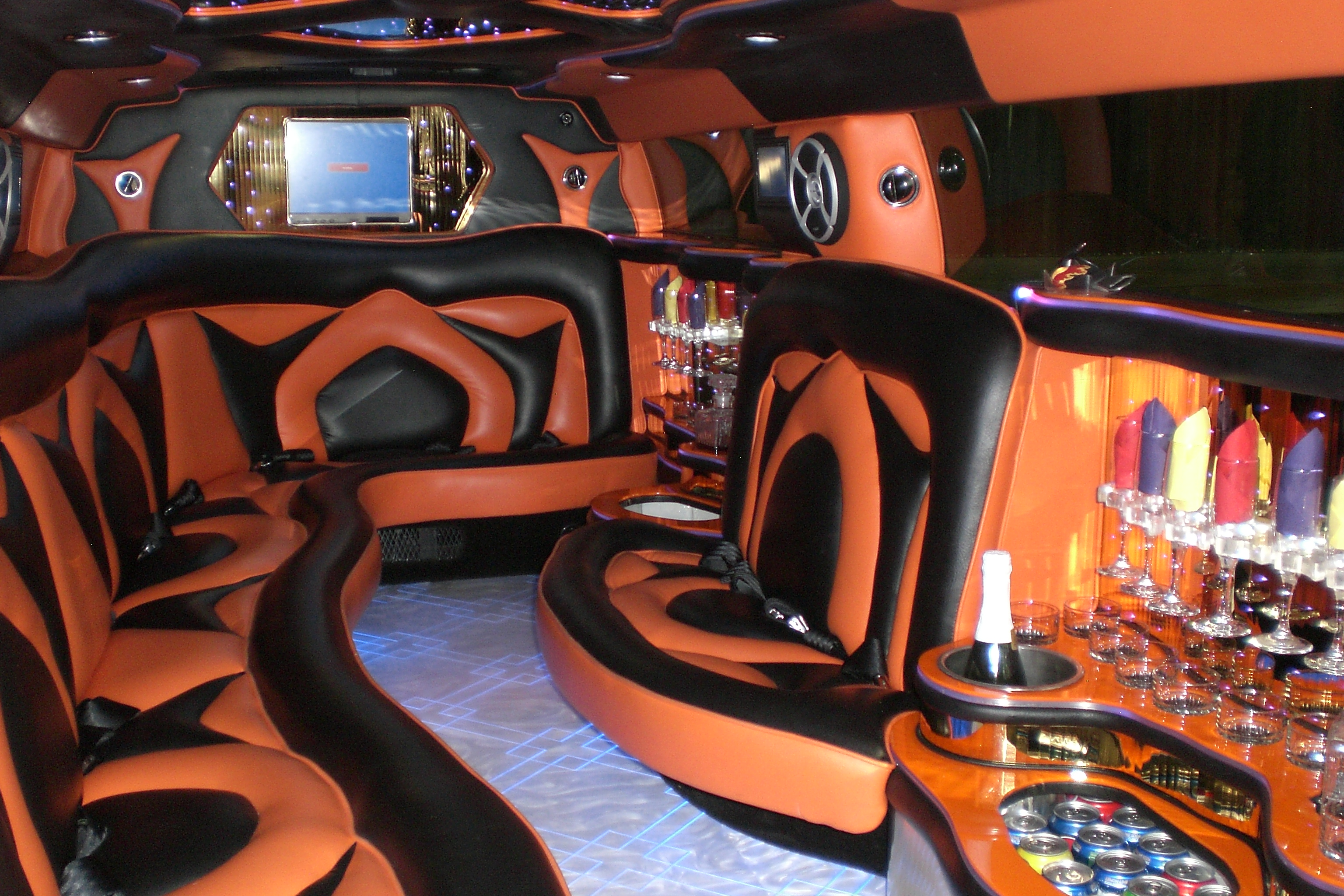 "Mercedes Benz Houston North >> ""Escobar"" 14 Passenger Hummer H3 Limo 