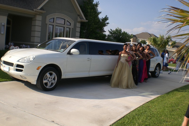 Can you say you Ride in a Porsche Limo to your Prom?