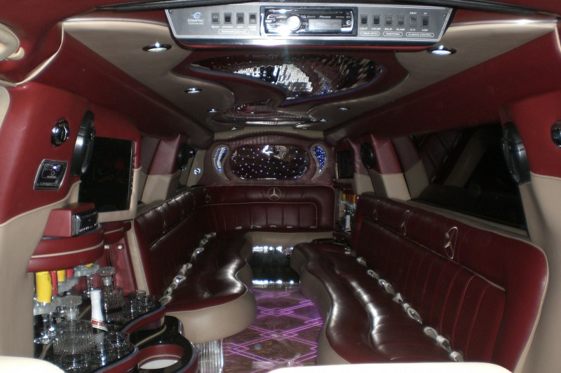 Rent the best limo in Houston