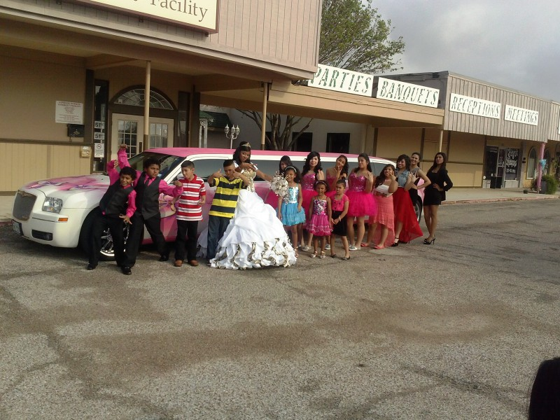 quinceanera limo rent is affordable