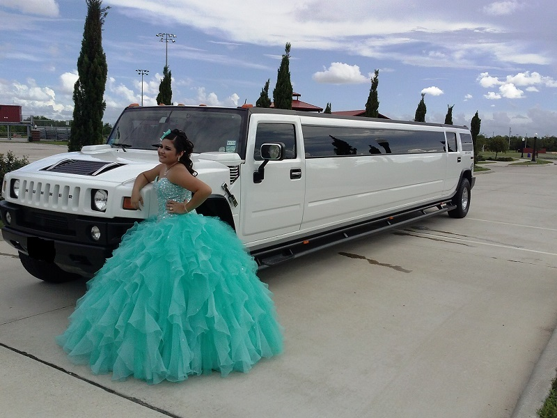 I ALWAYS WANTED TO HAVE A HUMMER LIMO FOR MY QUINCEANERA