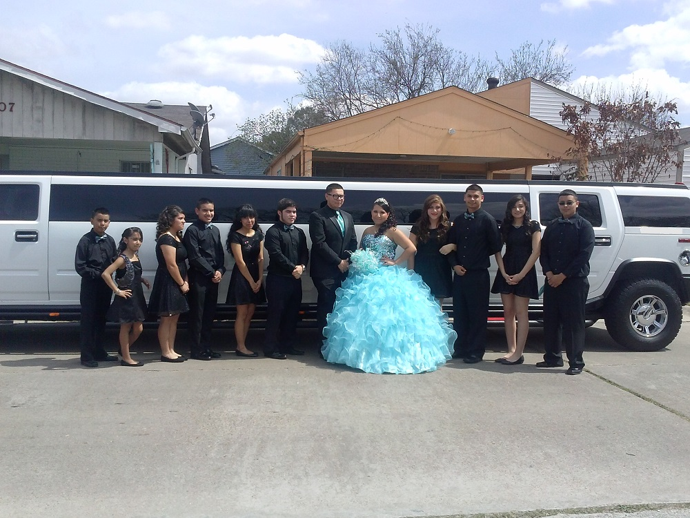 Hummer H2 limo for Quinceanera