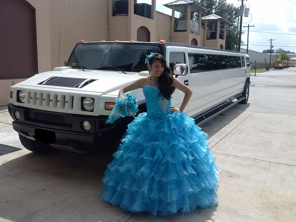 It is the best to ride in Hummer H2 limo