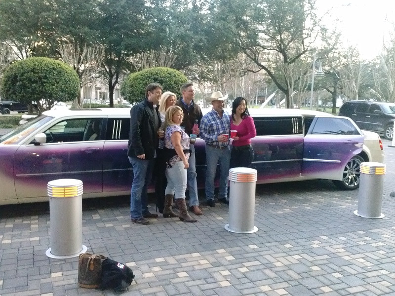 Limo service offers choices