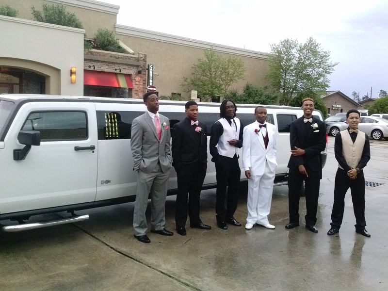 Hummer limo has good sound system