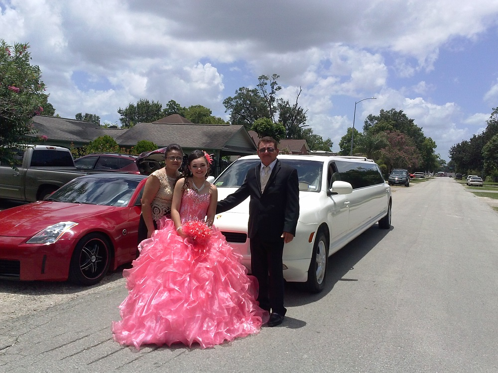Porsche Limo For Quinceanera Party (2)