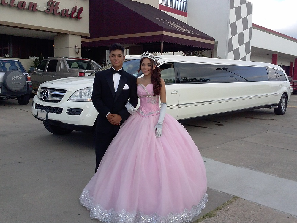 SELEBRATE YOUR QUINCEANERA IN STYLE