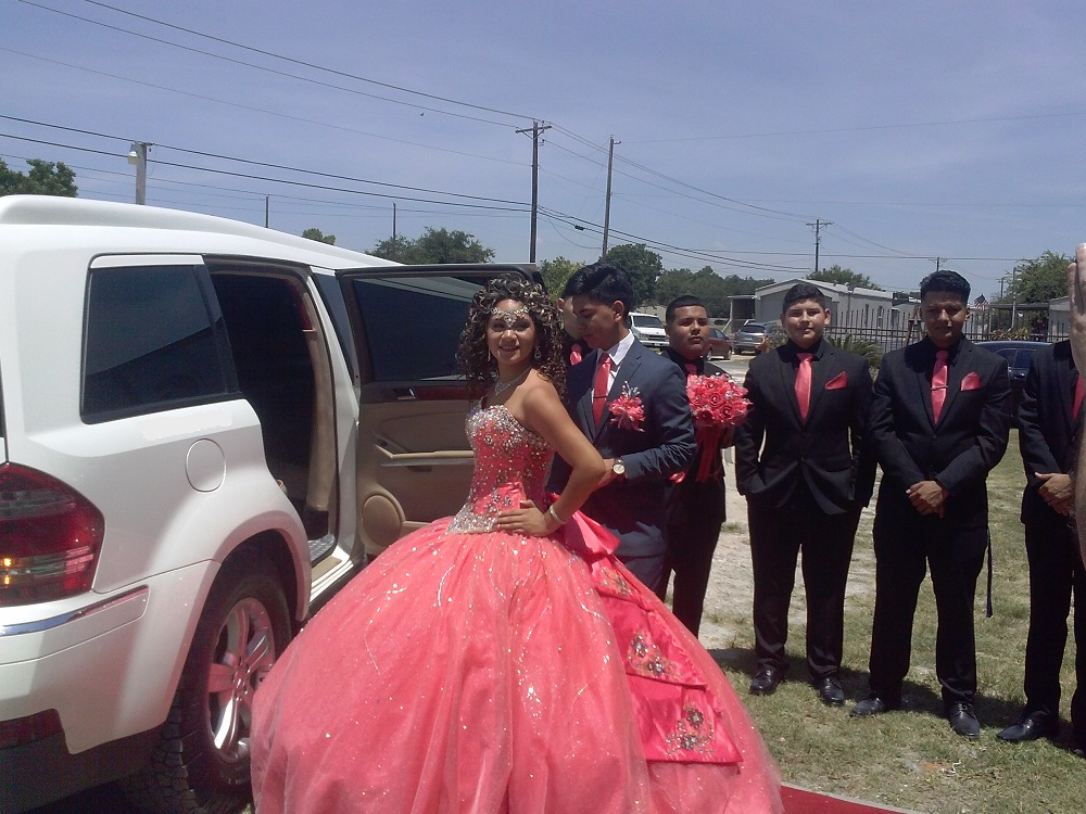 MY QUINCEANERA PARTY
