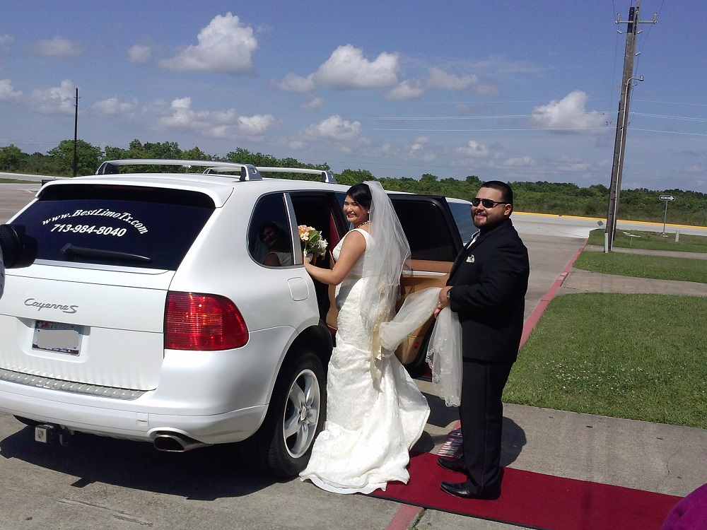 Porsche limo for the Bride