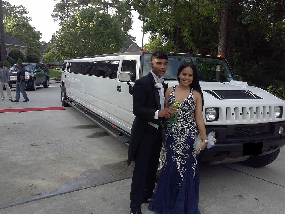 Hummer h2 limousines