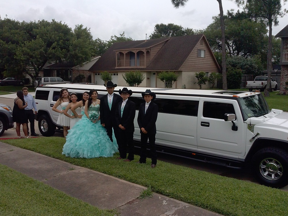 HUMMER LIMO RENT FOR QUINCEANERA