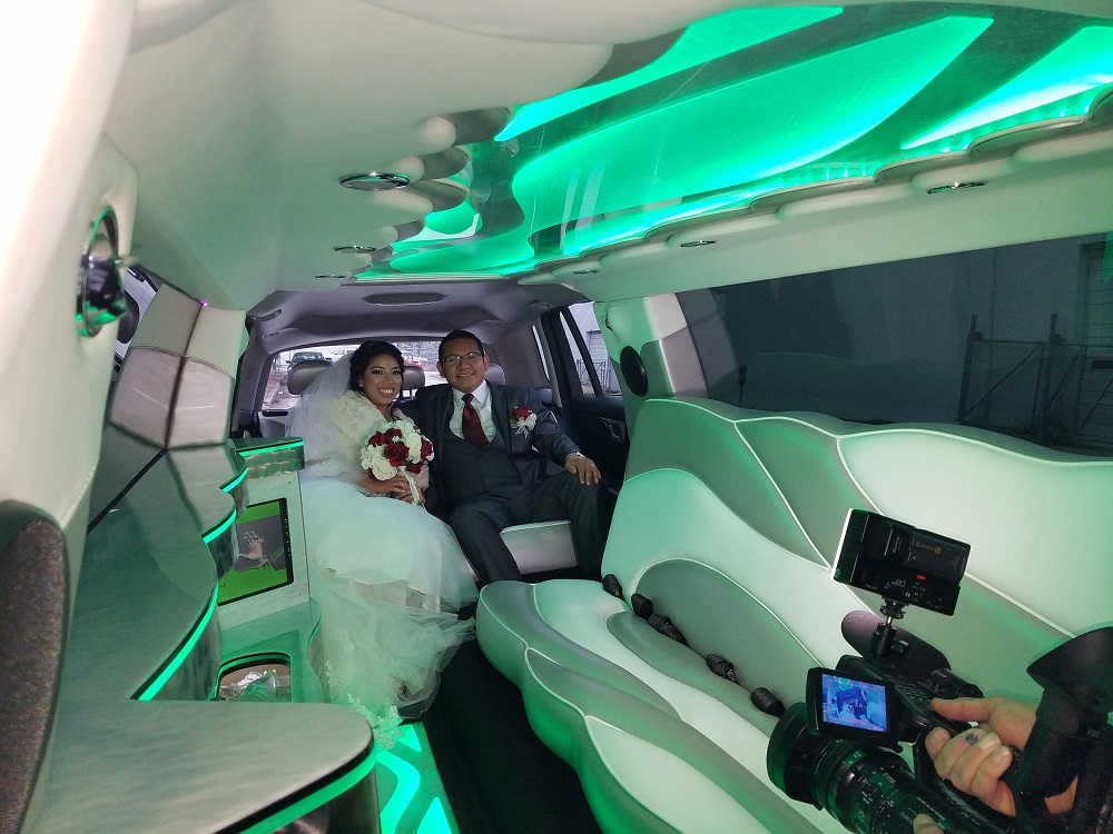 LOTS OF ROOM INSIDE OF THE LIMO