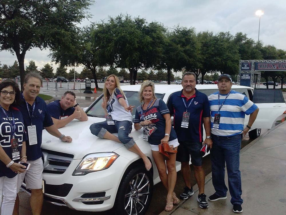 RENT LIMOS FOR GAMES