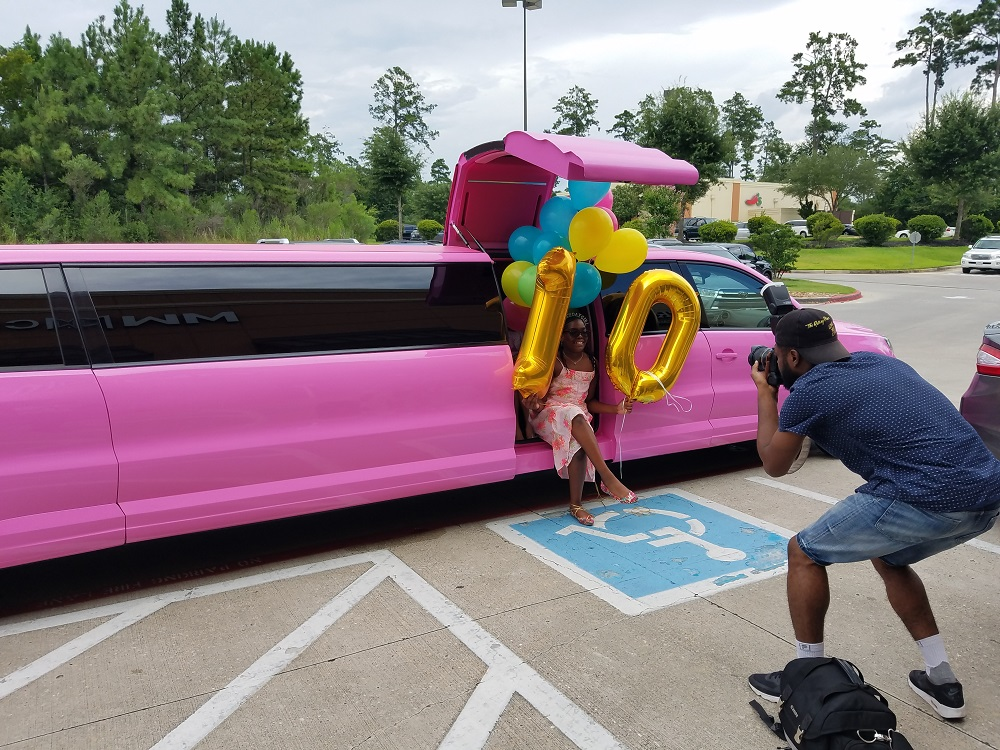 Pink Limo for rent